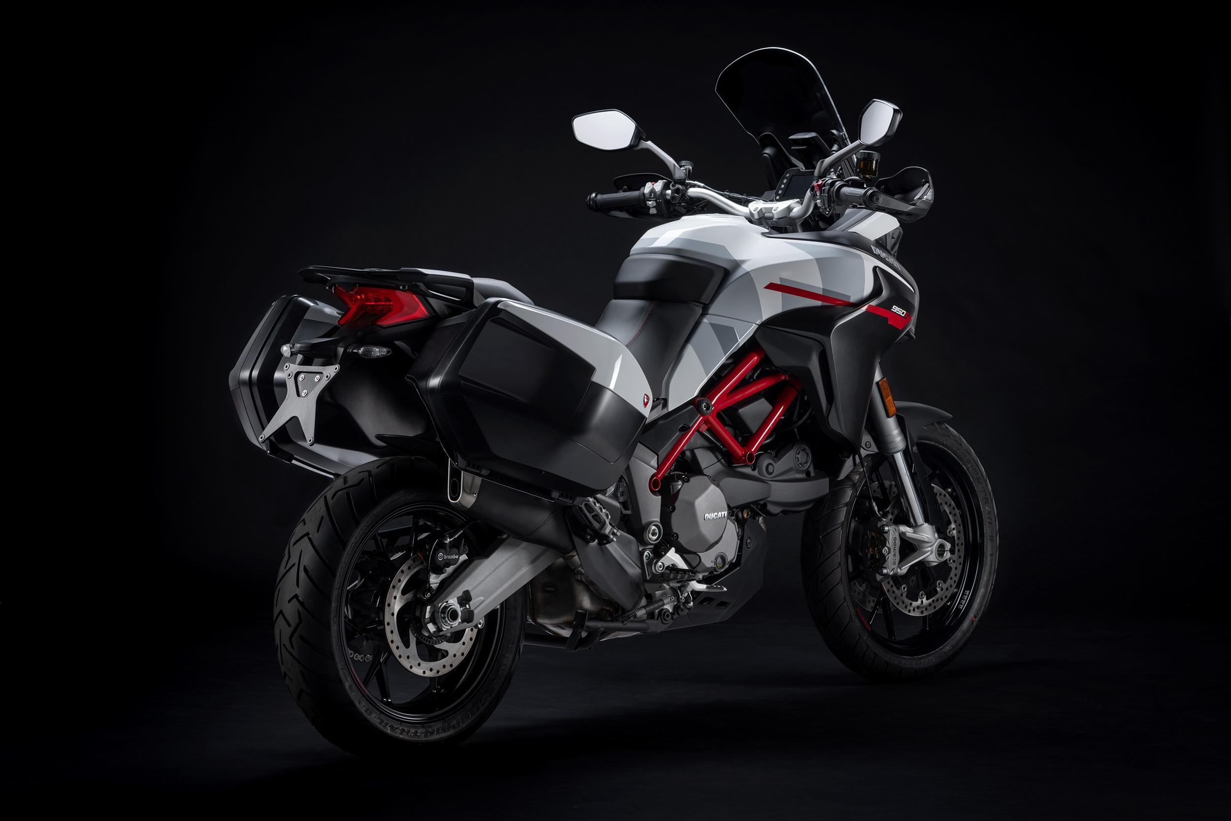 2021 Ducati Multistrada 950 S (3)