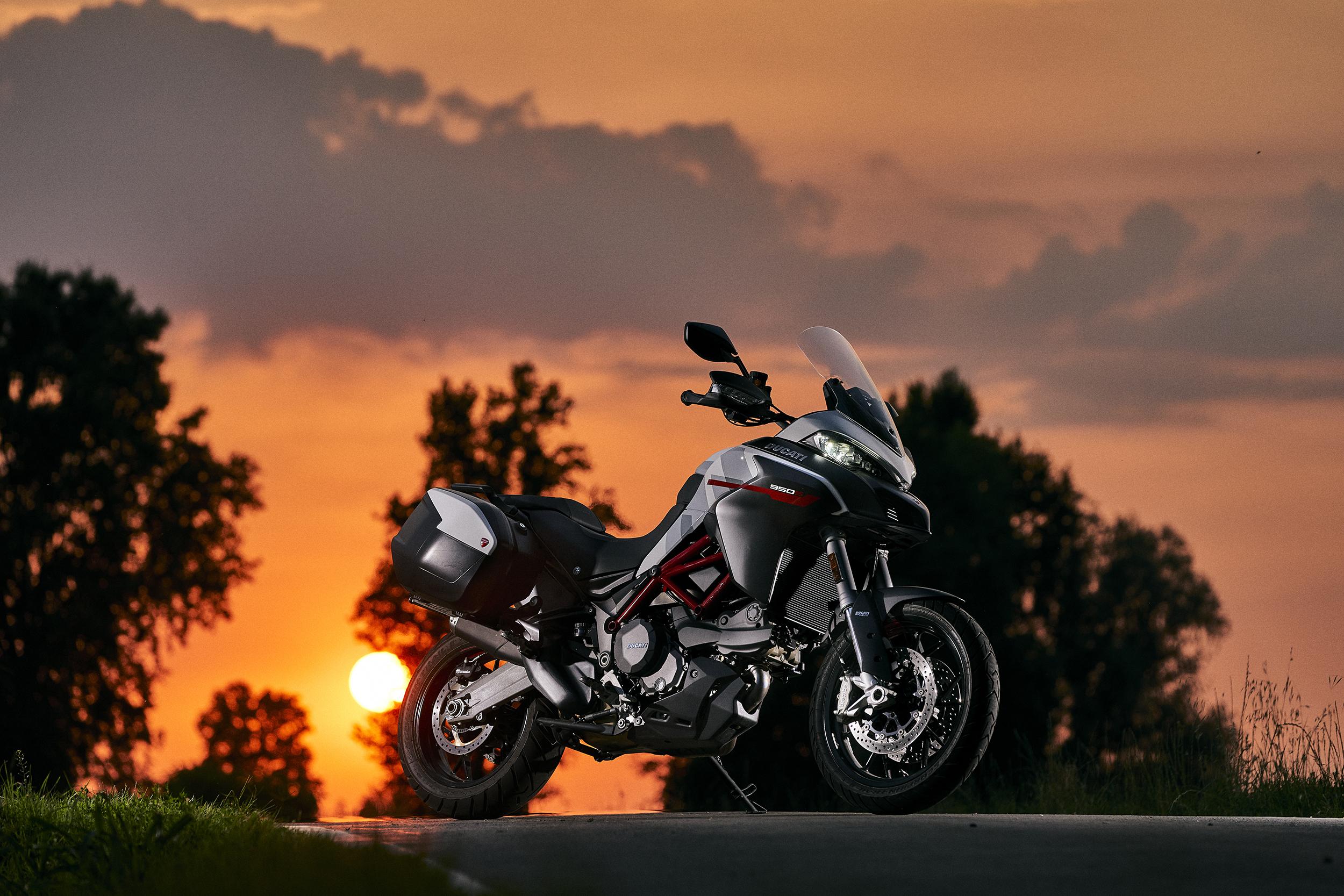 2021 Ducati Multistrada 950 S (4)