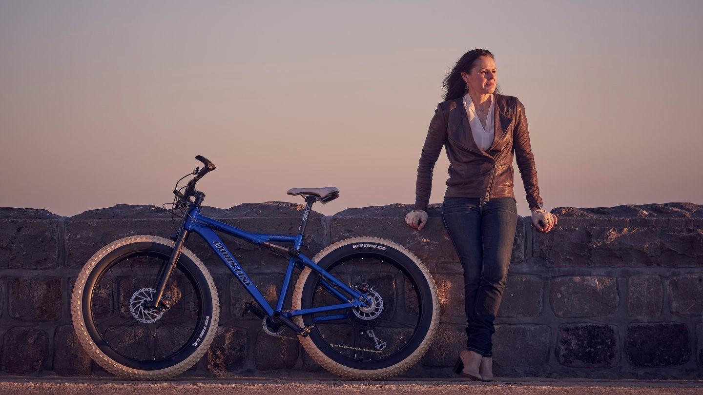 200811 Kate Leeming_Christini bike