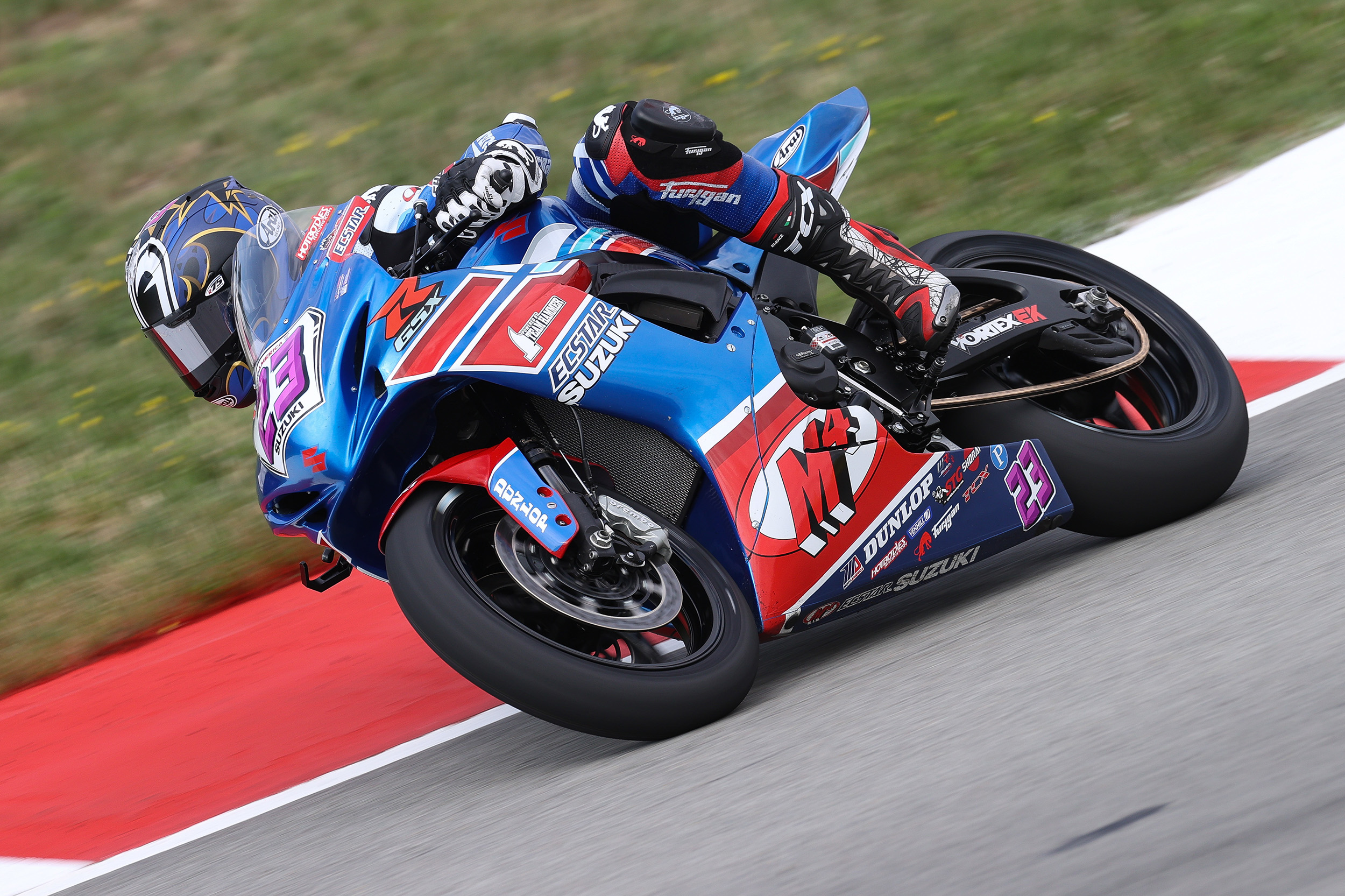 Lucas Silva (#23) continued his run of top-ten finishes in Supersport