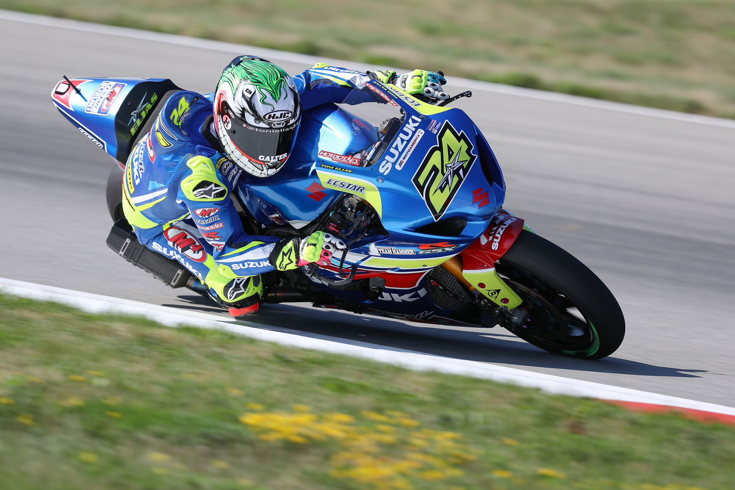 Toni Elias (#24) delivered a pair of top five finishes in Pittsburgh on his GSX-R1000
