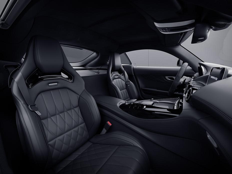 2021 Mercedes-AMG GT (2)
