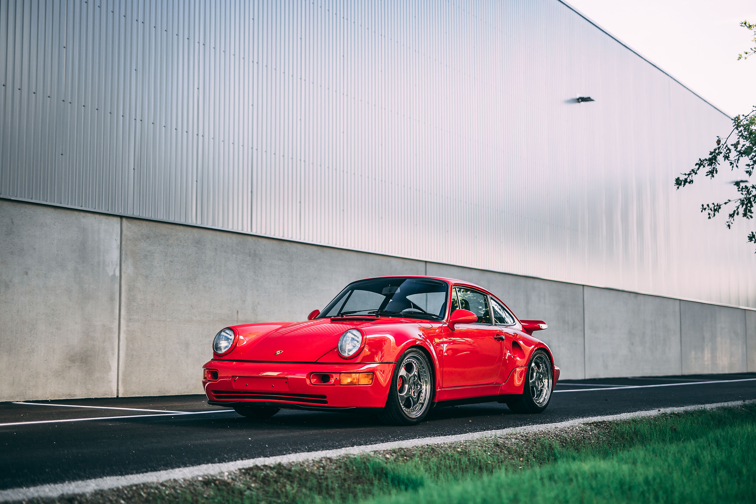 201021 1992 Porsche 911 Turbo S Lightweight (Credit – Stephan Bauer ©2020 Courtesy of RM Sotheby's)