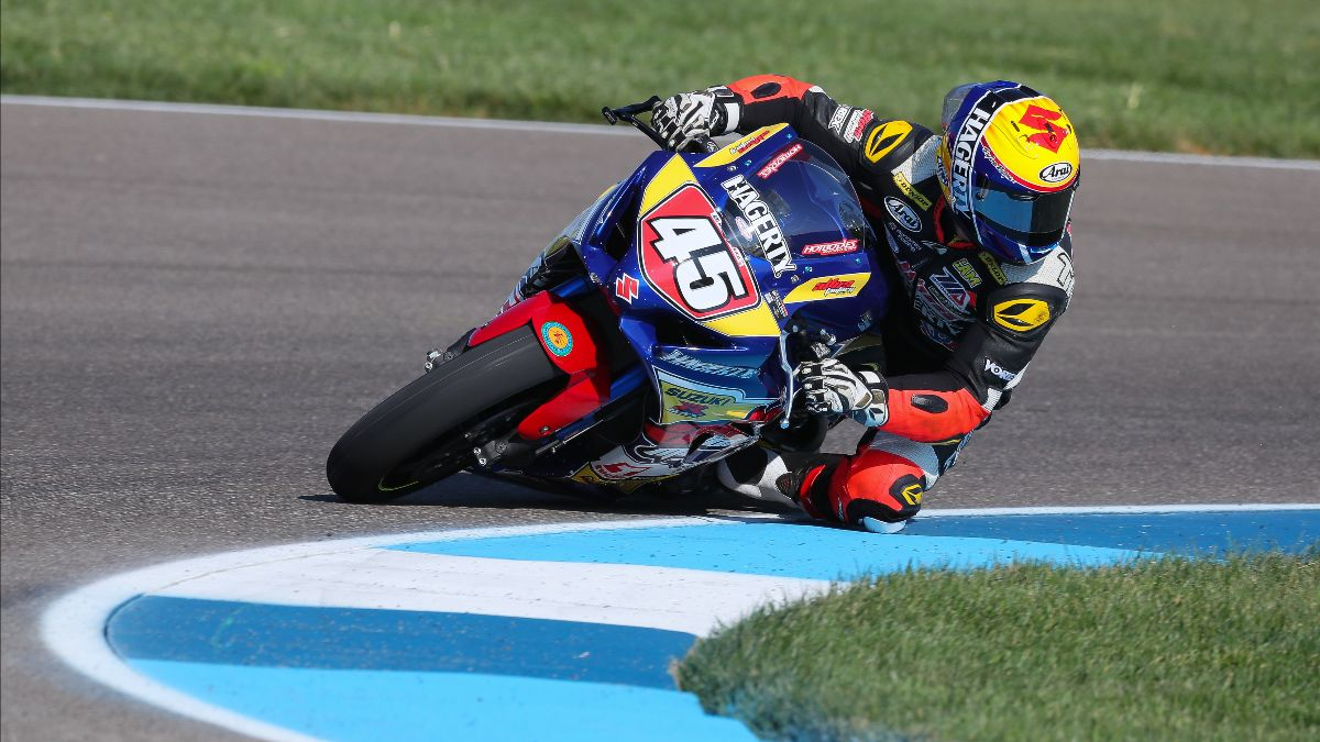 201022 Cameron Petersen is leading the MotoAmerica Superbike Cup standings