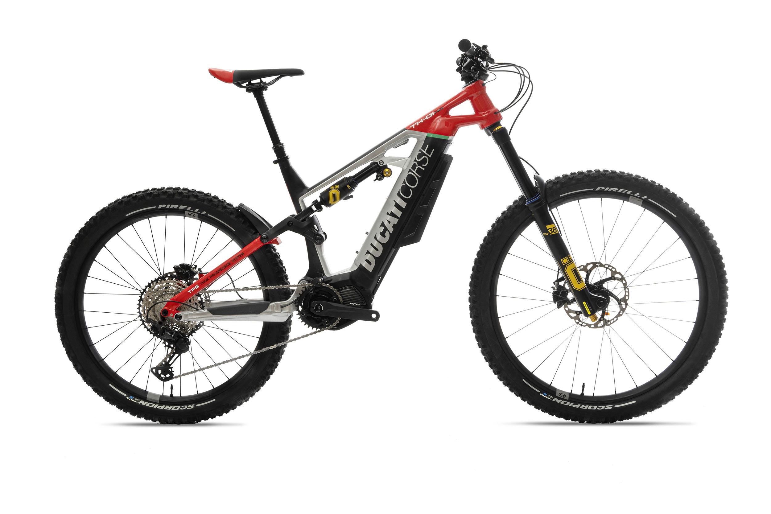 201118 2021 Ducati_TK-01RR _1__UC211368_High