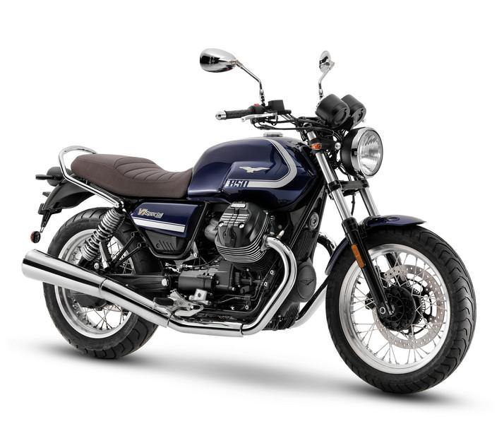 2021-Moto-Guzzi-V7-Special-2