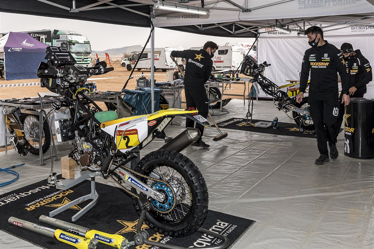 210109 Rockstar Energy Husqvarna Factory Racing - Dakar Rally 2021-1