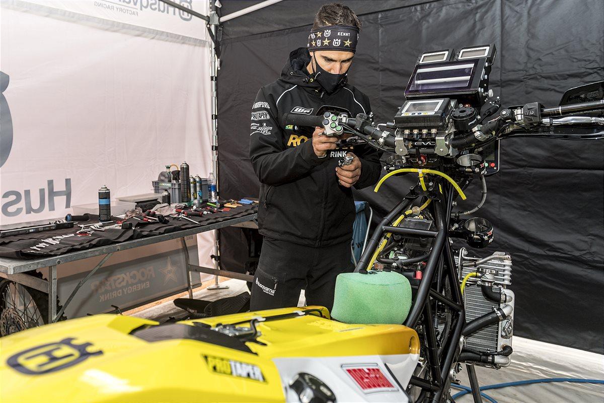210109 Rockstar Energy Husqvarna Factory Racing - Dakar Rally 2021-2