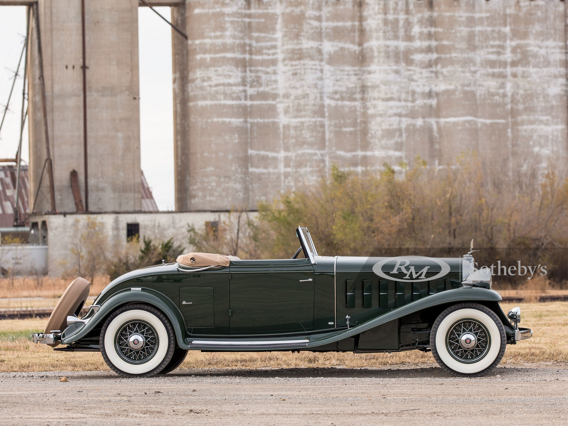 210125 1932 Cadillac V-16 Convertible Coupe by Fisher © 2020 RM Sothebys