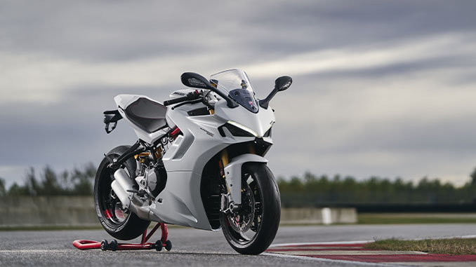 DUCATI_SUPERSPORT_950_S_AMBIENCE (678)