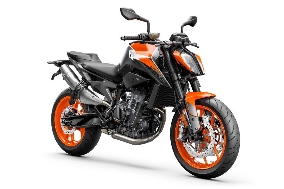 KTM 890 DUKE - Studio orange front right