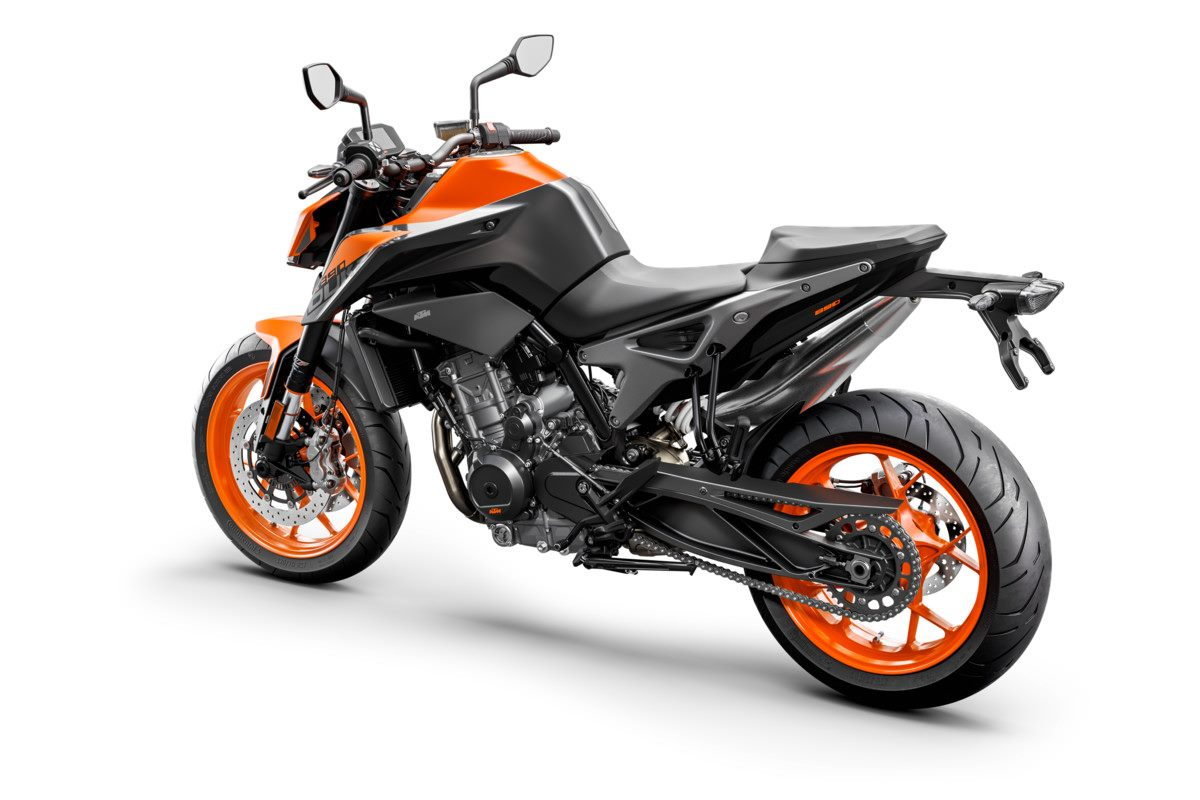 KTM 890 DUKE - Studio orange rear left