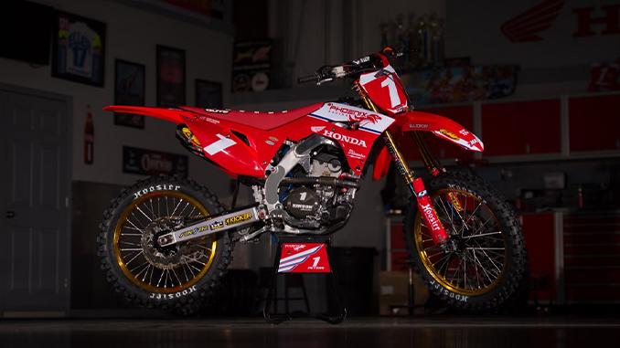 Kyle Peters' Honda CRF250R (678)
