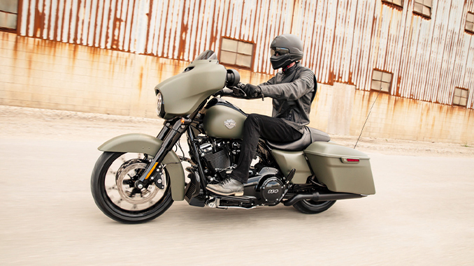 Street-Glide-Special-Riding (678)