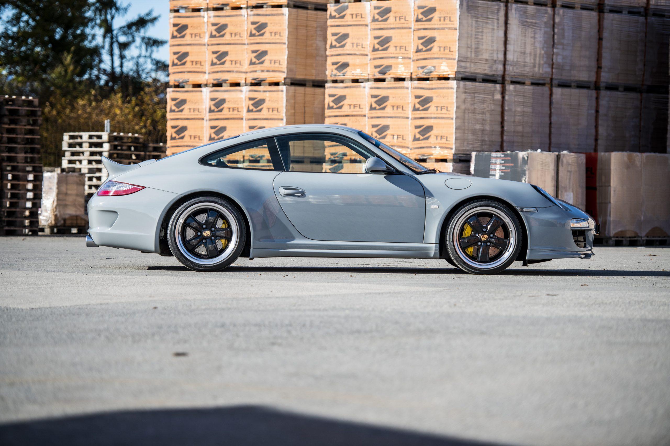 2010-Porsche-911-Sport-Classic (8)