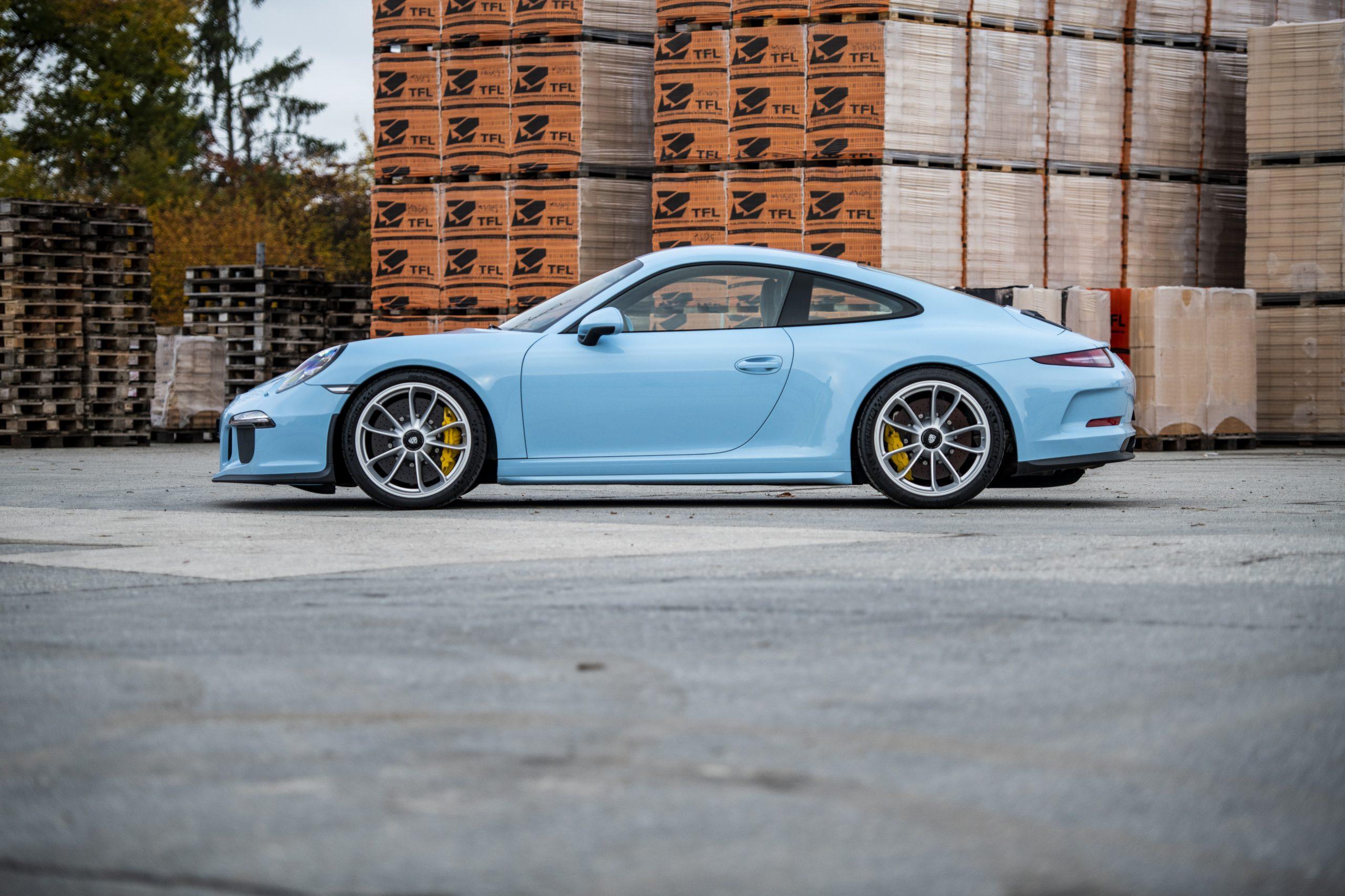 2017-Porsche-911-R (7)
