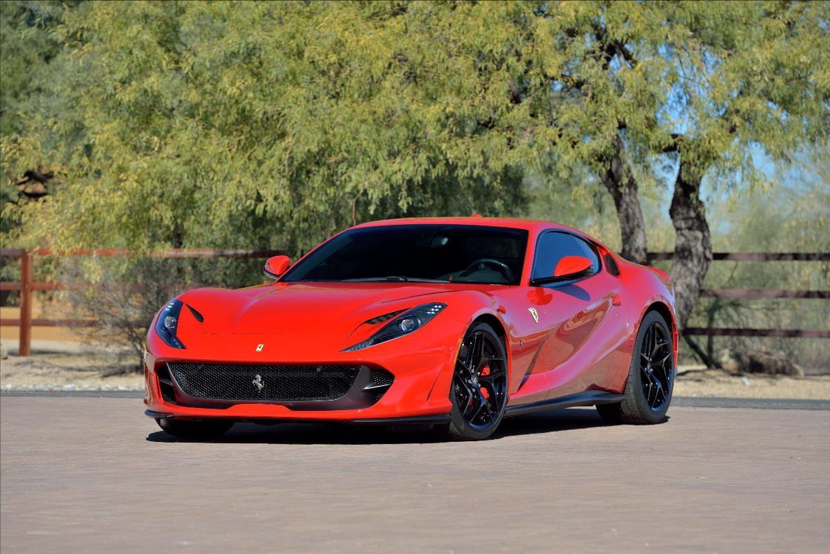 2018 Ferrari 812 Superfast 2,254 Miles, 6.5L:789 HP V-12 (3)