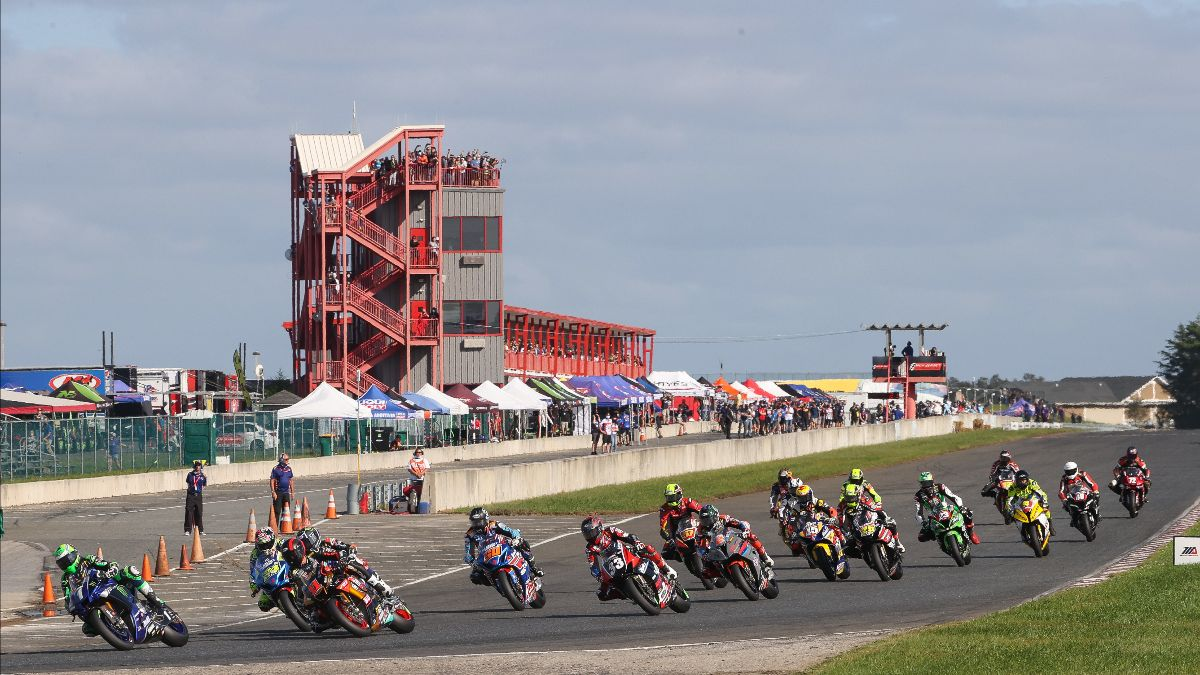 210211 Three HONOS Superbike races will be held in the final two rounds of the 2021