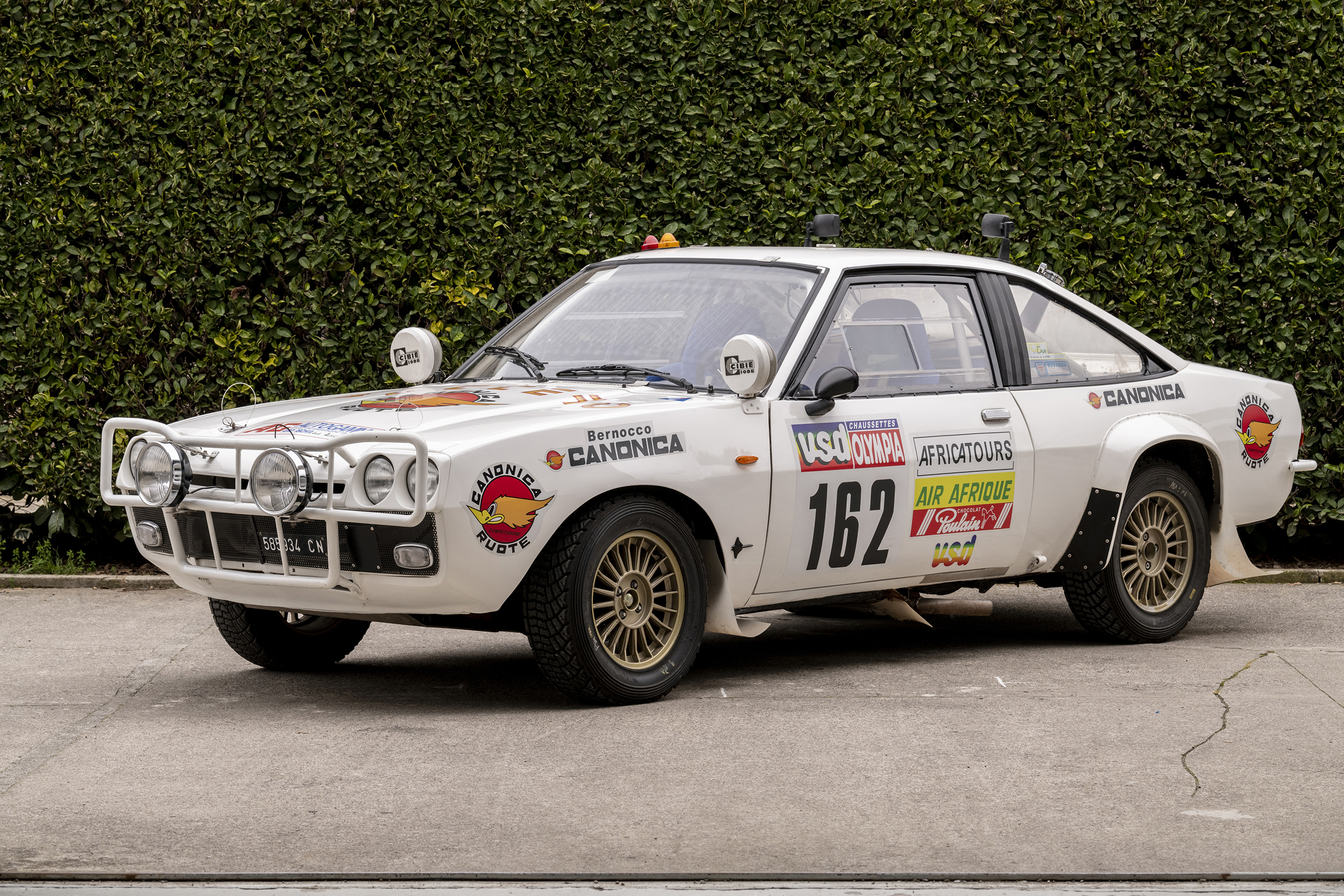 210219 1976 Opel Manta (Credit - Paolo Carlini ©2021 Courtesy of RM Sotheby's)