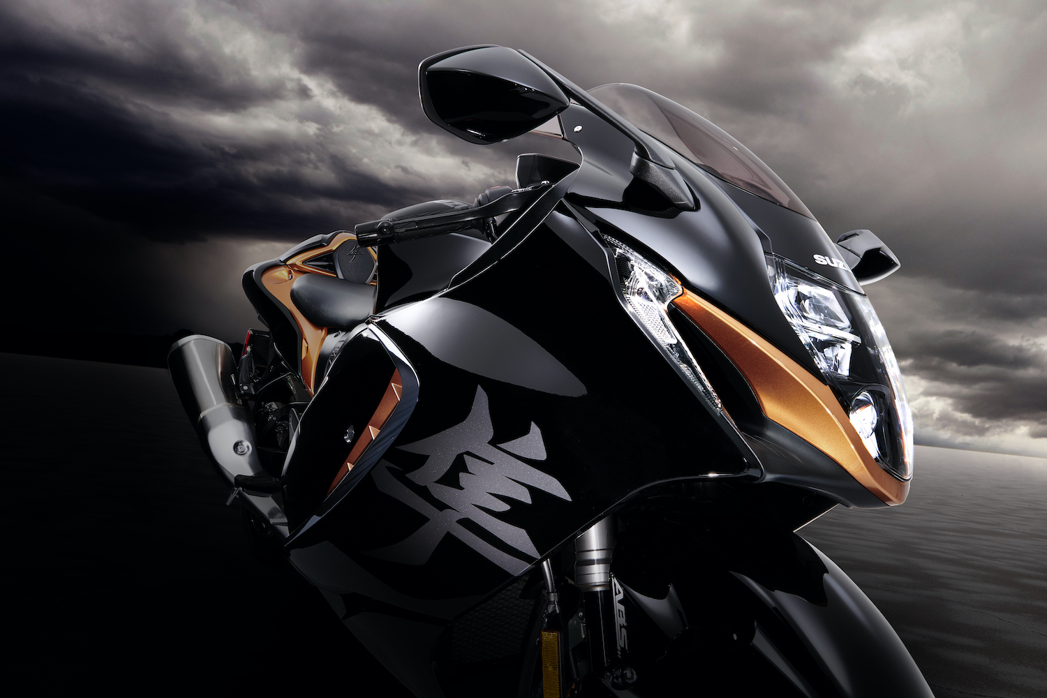 New sharper and straighter lines adorn the most aerodynamic Hayabusa ever