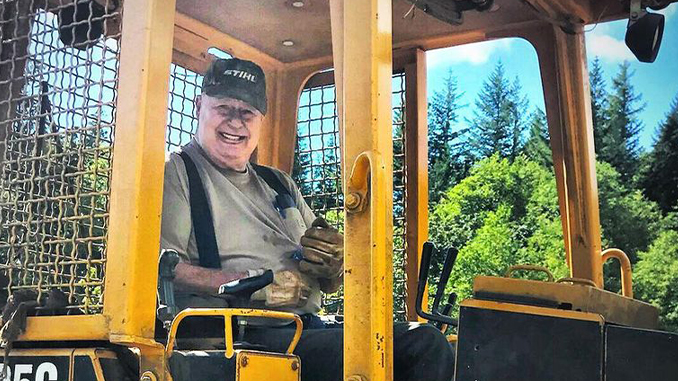 210325 American Motocross Mourns the Passing of Washougal MX Park Patriarch Ralph Huffman (678)