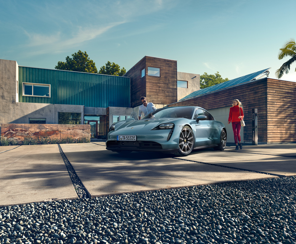 210326 All-electric Taycan joins Porsche Drive Subscription and Rental as program grows (2)