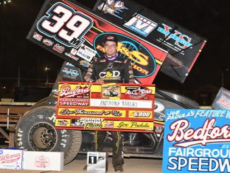 210419 Anthony Macri races by Rico Abreu to claim Johnny Grum Classic at Bedford Speedway (678)