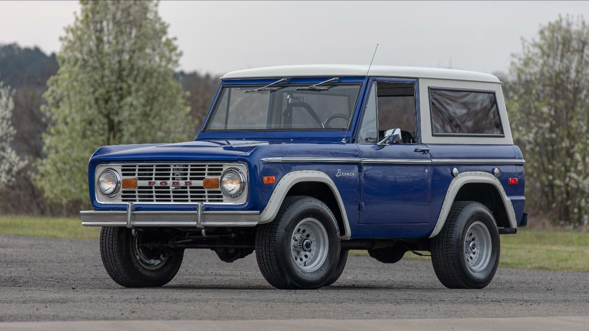 210420 1973 Ford Bronco 302 CI, Automatic (Lot S99) - Mecum Tulsa