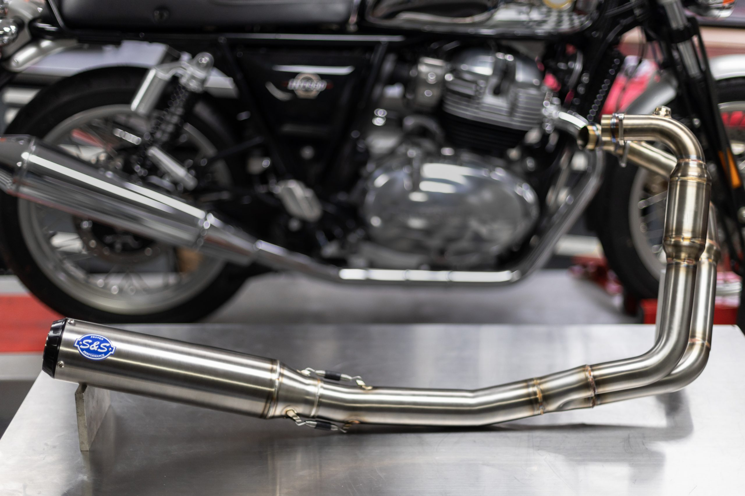 210426 Qualifier 2-1 Stainless Exhaust System for the Royal Enfield 650 Twin (1)