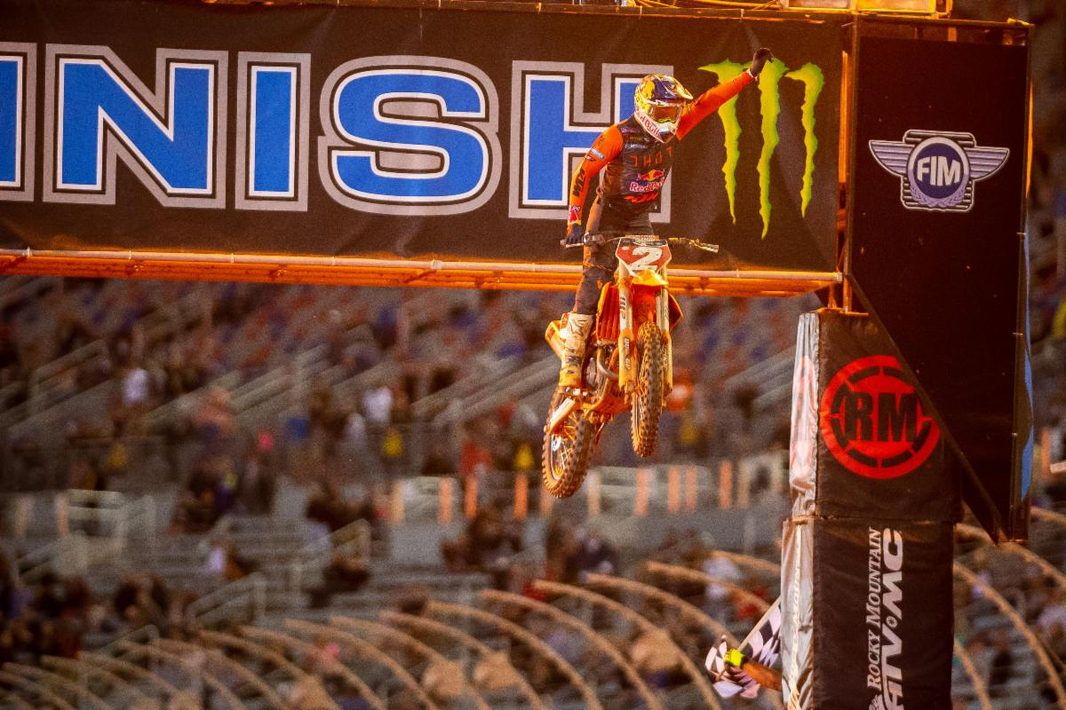 Cooper Webb delivered again with a brilliant race to earn his seventh win of the season - Atlanta 3