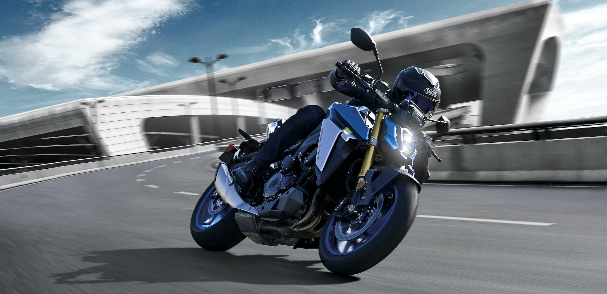 GSX-S1000's long stroke GSX-R derived engine has been refined to produce a broad, smooth torque curve with increased horsepower