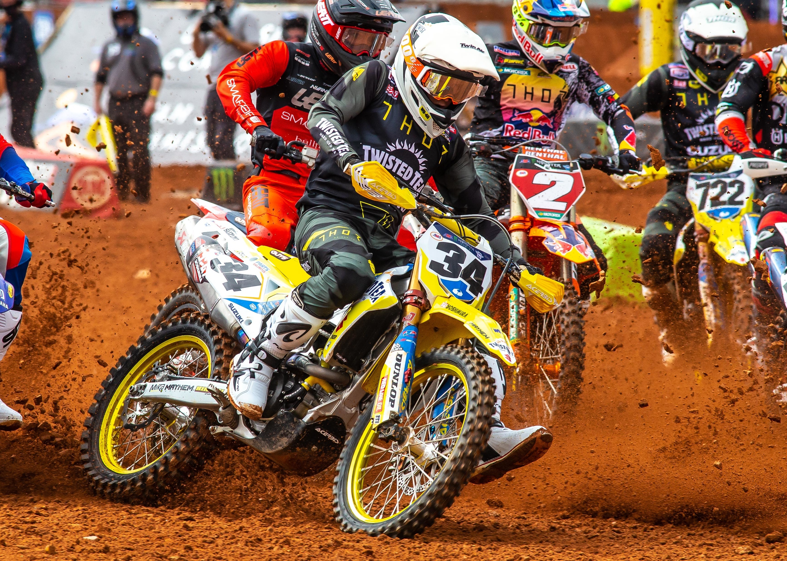 Max Anstie (34) showed the speed of his Suzuki RM-Z450 at the first of three races in Atlanta