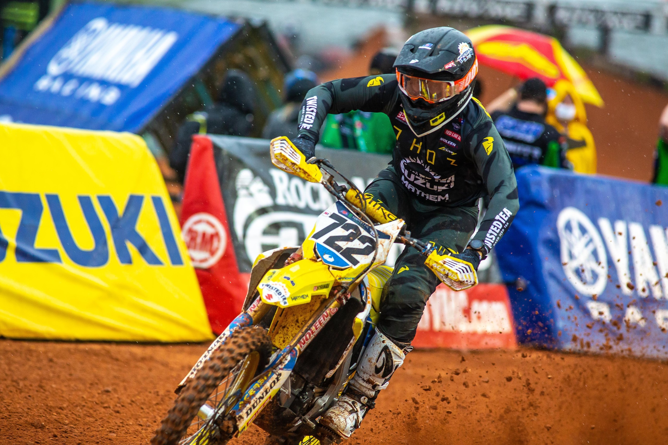 The always popular Adam Enticknap (722) was back and raced hard on his RM-Z450