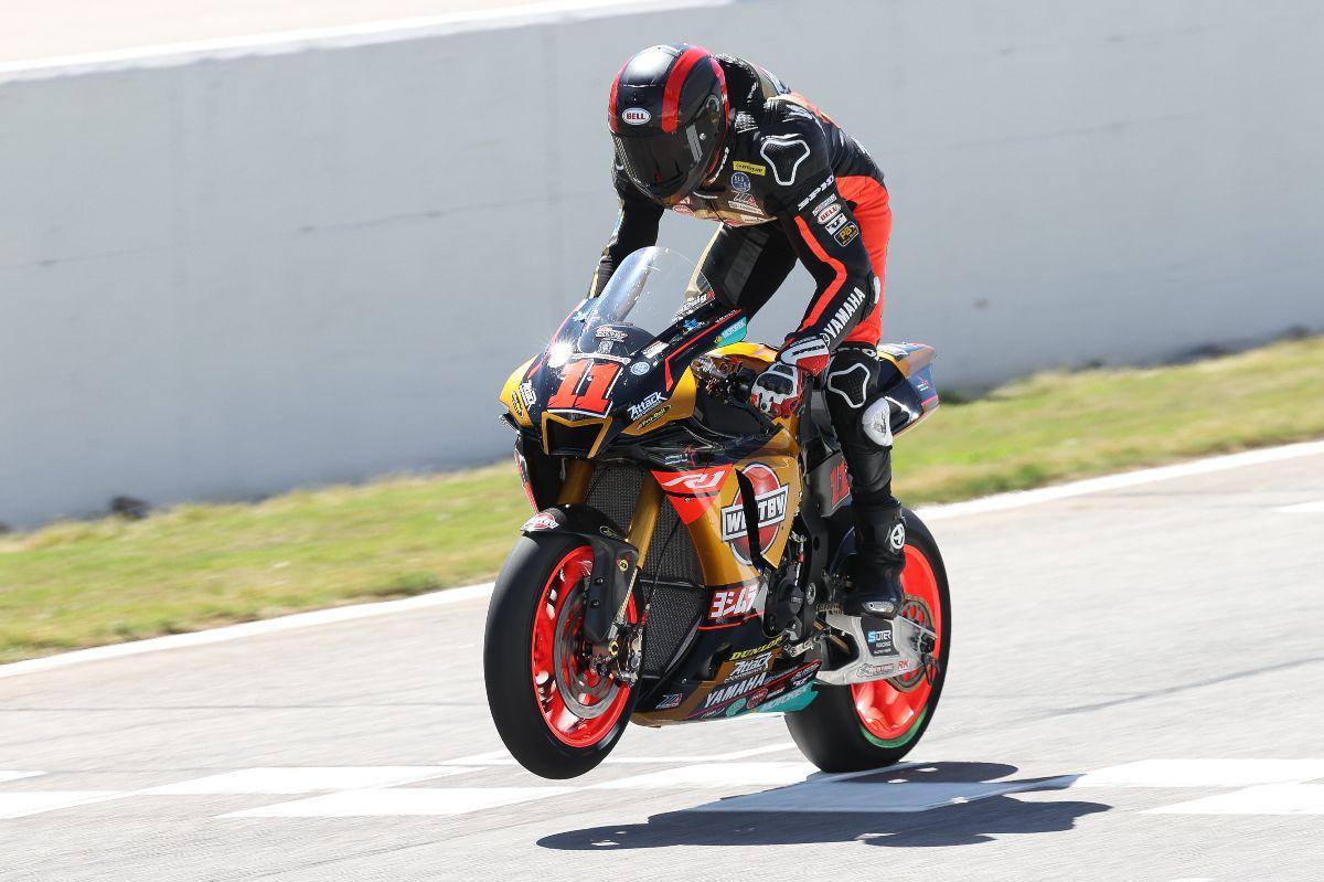210501 Mathew Scholtz won the third MotoAmerica Superbike race of his career