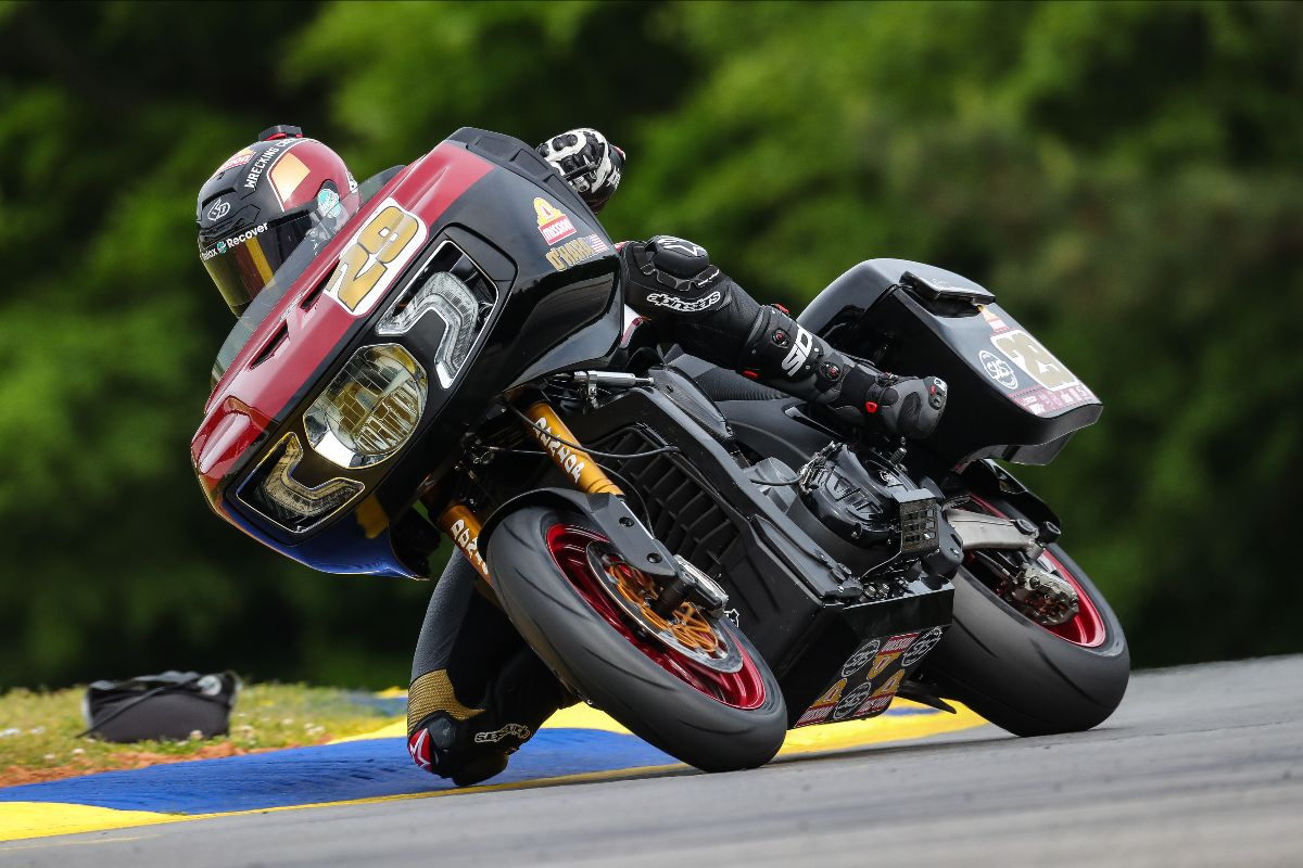 210501 Tyler O'Hara led the way in Mission King Of The Baggers practice at Michelin Raceway Road Atlanta