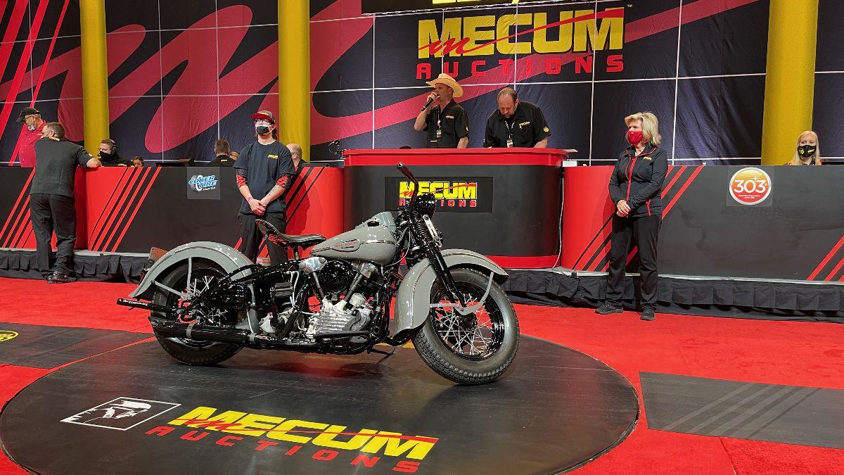 210505 1943 Harley-Davidson E Model (Lot S111) sold at $220,000