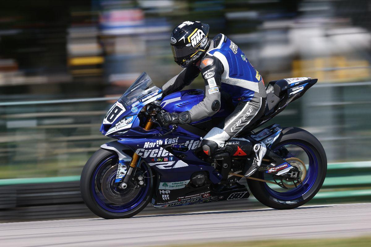 210521 Benjamin Smith led Supersport Q1 on Saturday at VIR