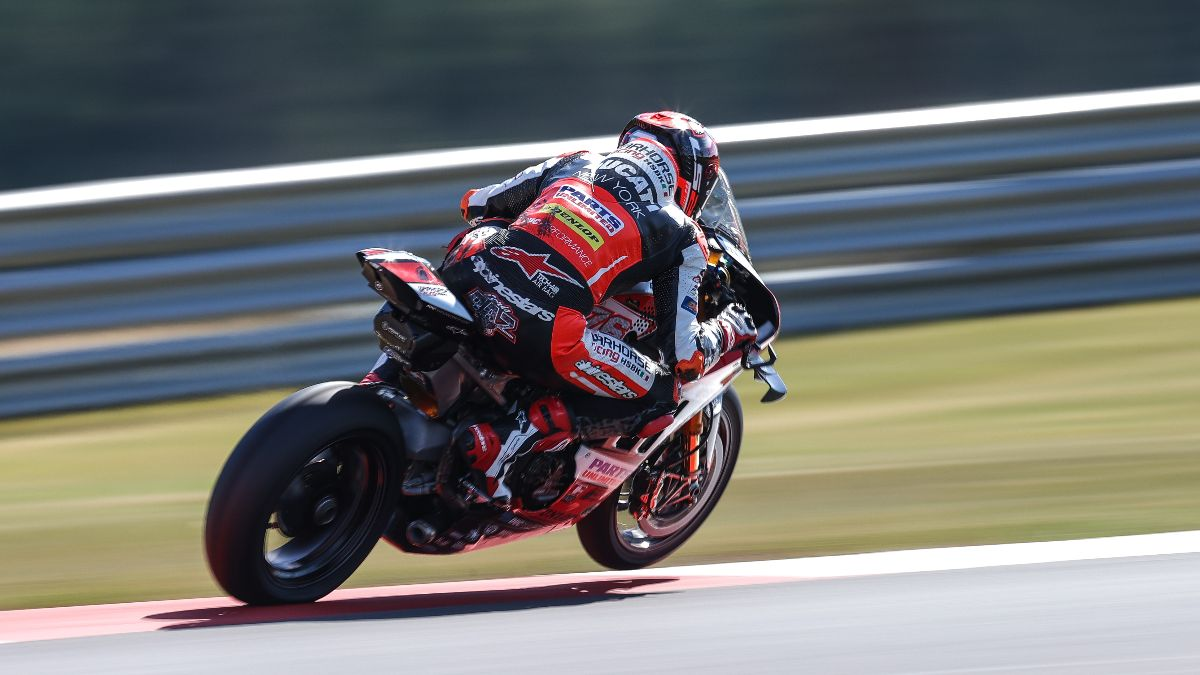 210626 Loris Baz put his Warhorse HSBK Racing Ducati New York Panigale V4 R on provisional pole for the two HONOS Superbike