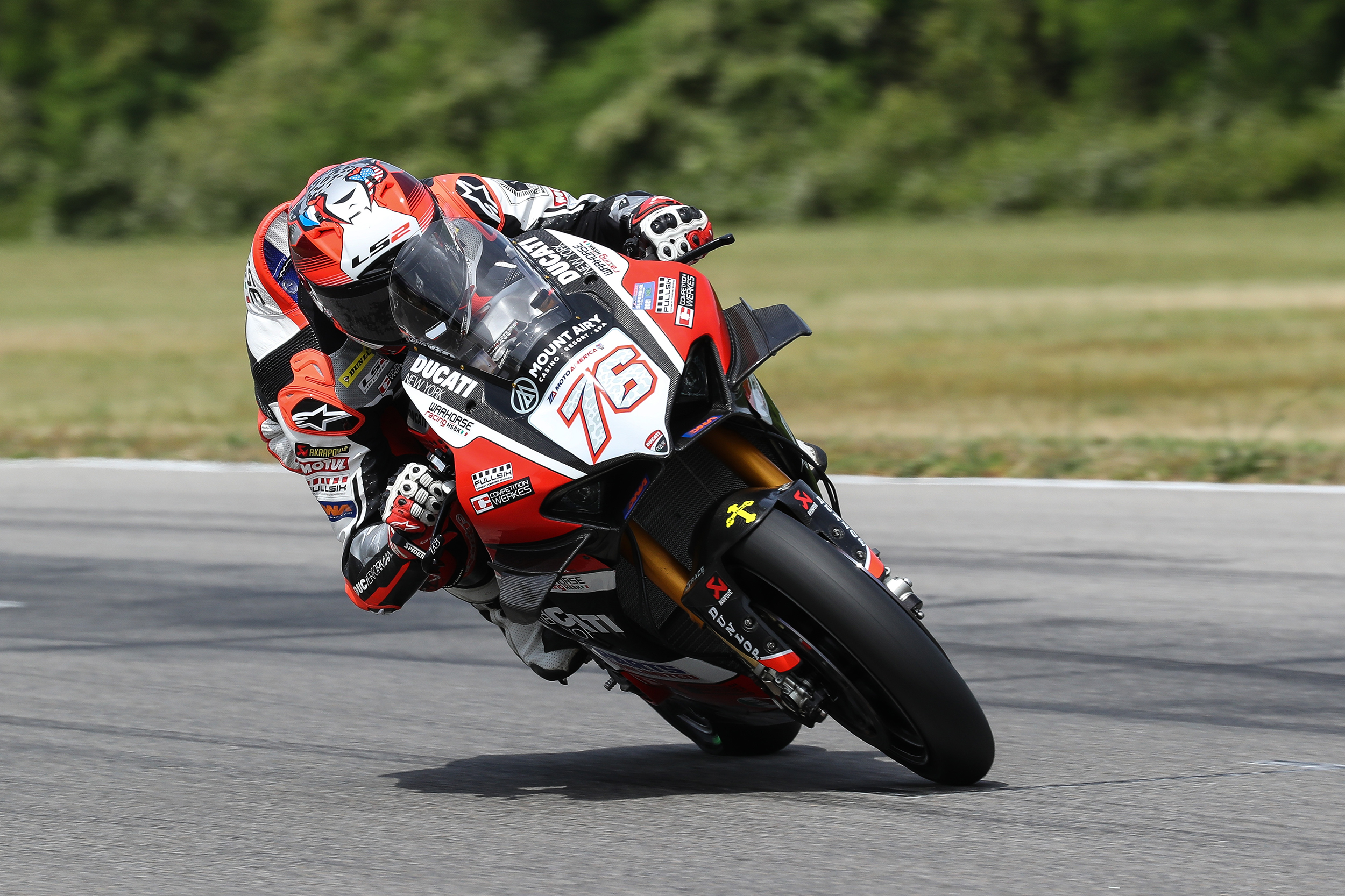 MotoAmerica - Superbike - Loris Baz #76 (2)