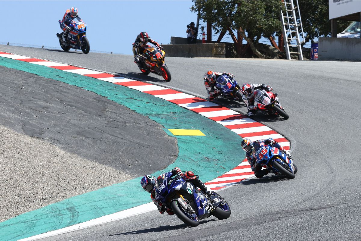 210711 Jake Gagne (32) leads Cameron Petersen (45), Loris Baz (76) and the rest of the HONOS Superbike