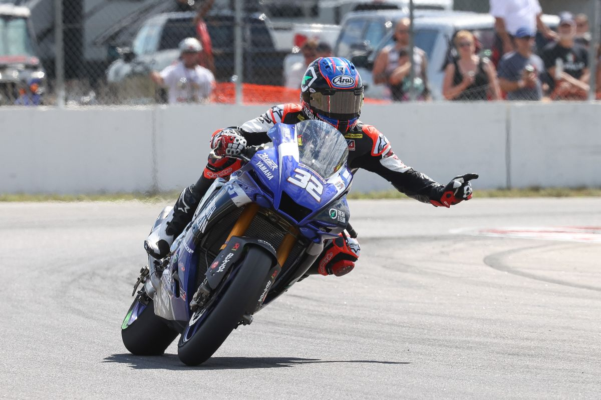 210801 Jake Gagne celebrates his record-setting 12th HONOS Superbike win in a row
