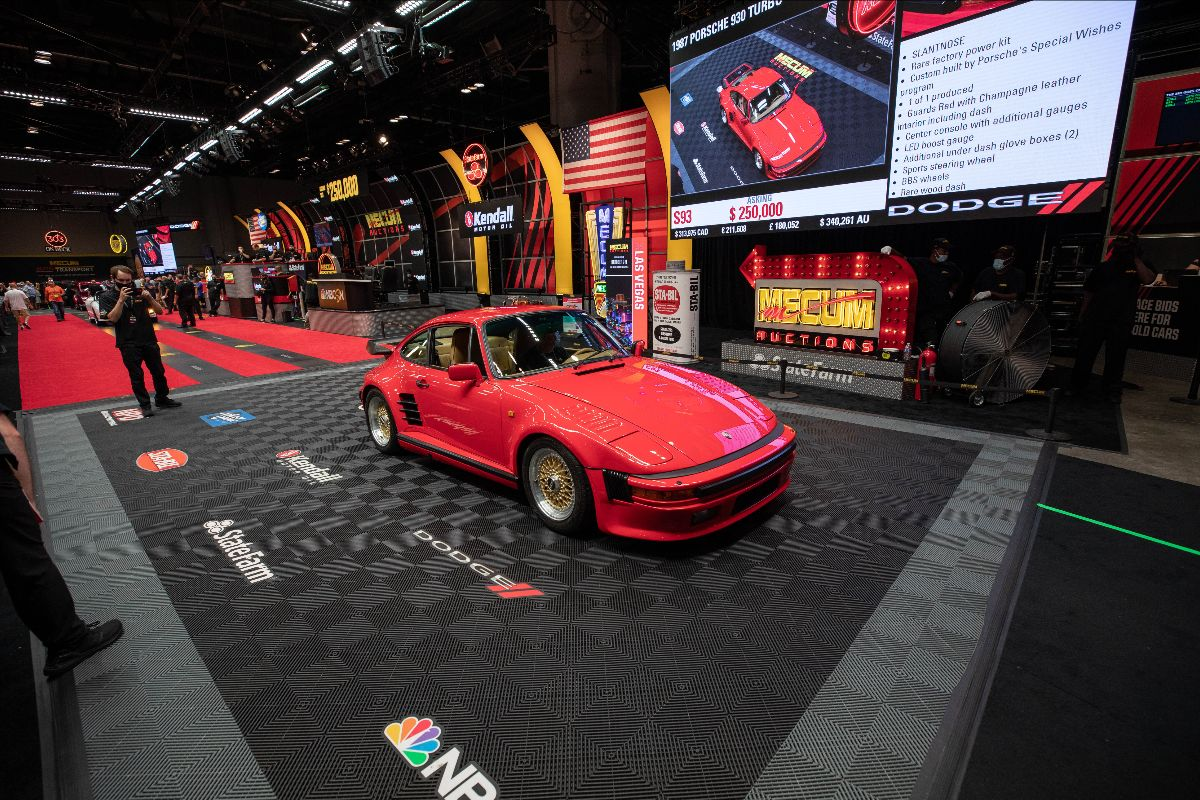 210804 1987 Porsche 930 Turbo Slantnose