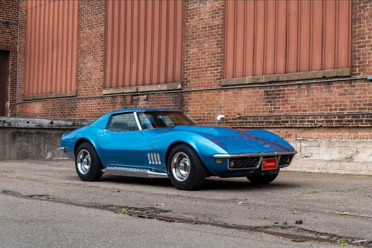 210807 1969 Chevrolet Corvette L88 Coupe Bloomington Gold Certified, Unrestored with 20,500 Miles (Lot S121)