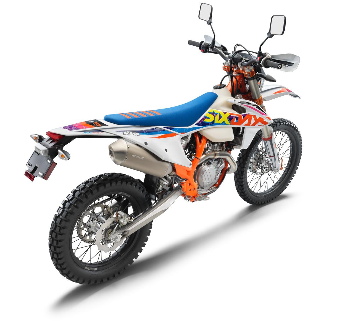 386936_500 EXC-F Six Days_US_rear ri_MY22