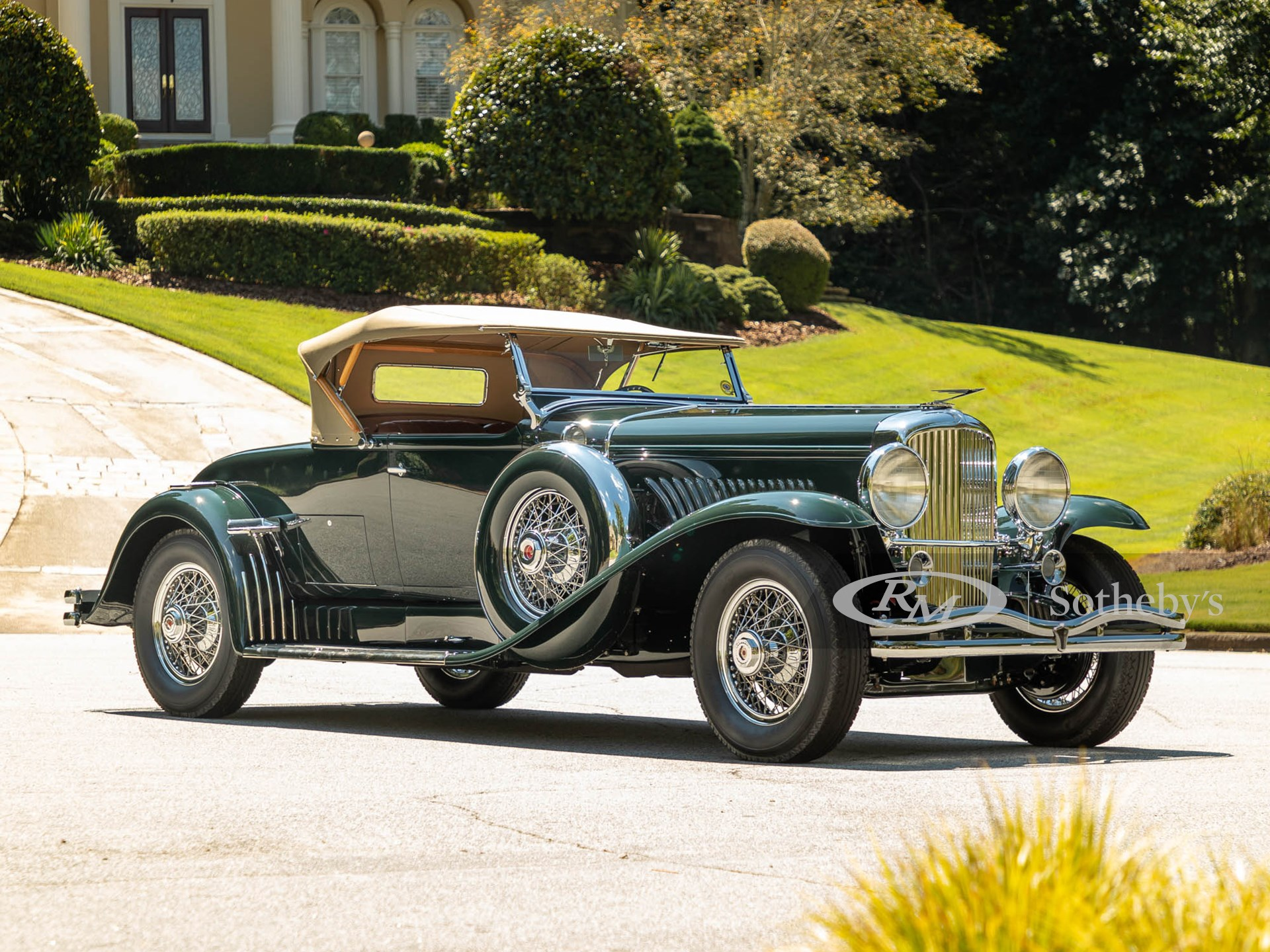 "1931 Duesenberg Model J Roadster ""Green Hornet"" (Alex Stewart ©2021 Courtesy of RM Sotheby's)"