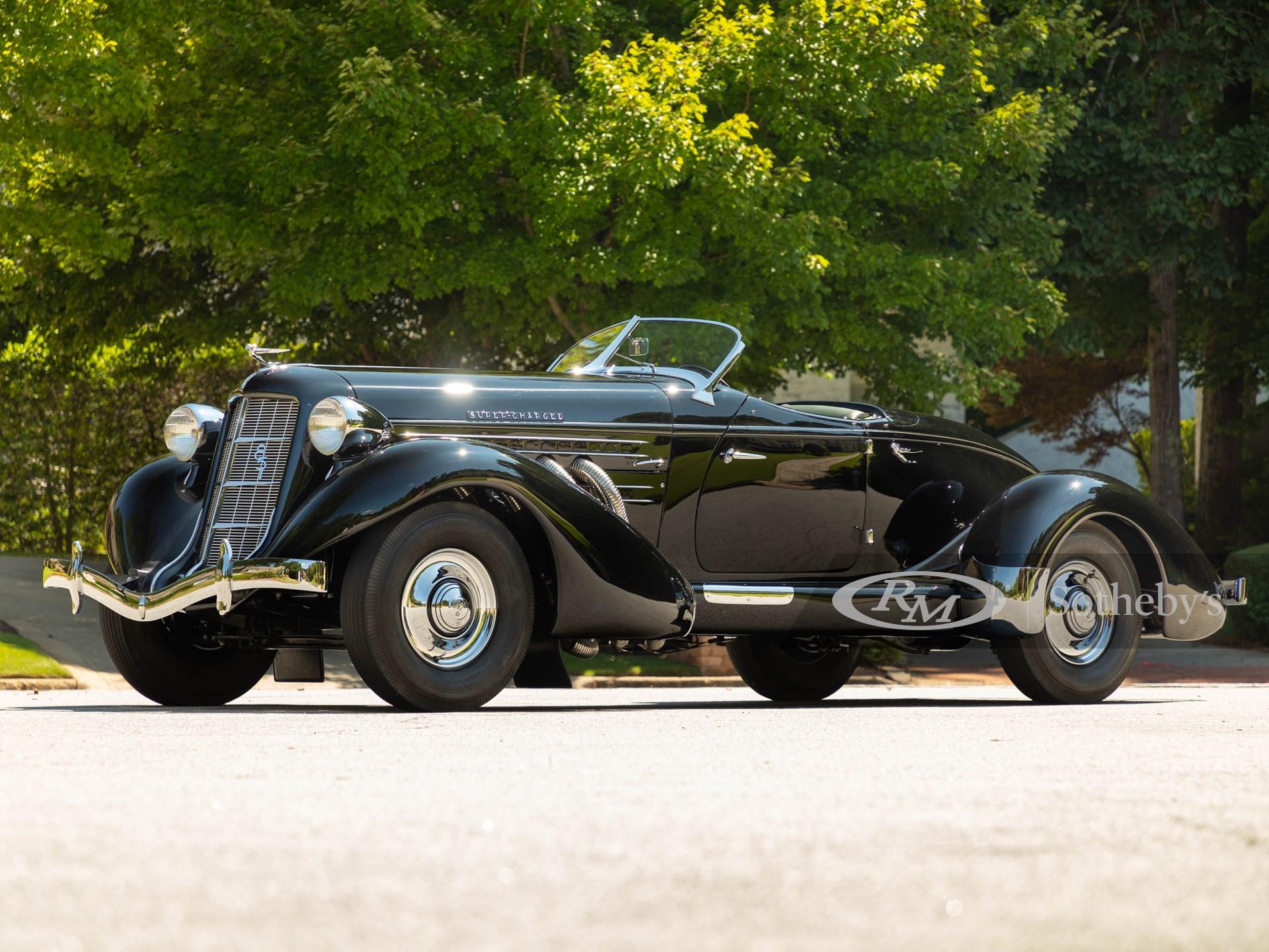 1935 Auburn Eight Supercharged Speedster (Alex Stewart ©2021 Courtesy of RM Sotheby's)