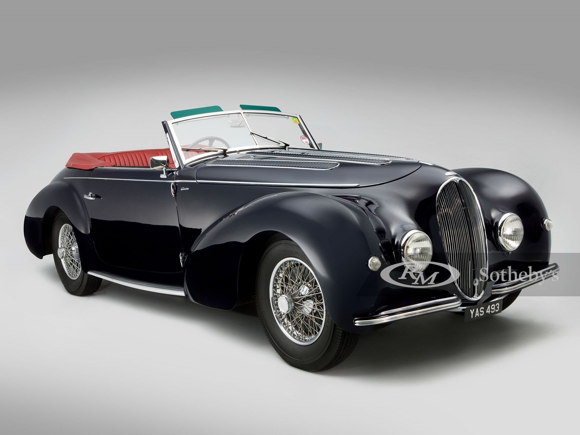 1946 Delahaye 135M Cabriolet (John Colley ©2021 Courtesy of RM Sotheby's)