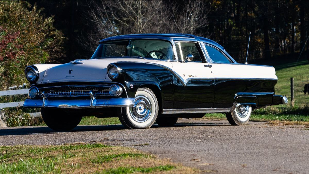 210923 Mecum Auction Chattanooga - 1955 Ford Crown Victoria 272 CI, 1 of 1,999 Produced (Lot S89.1)