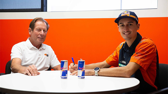 Marvin Musquin Re-signs With Red Bull KTM Factory Racing Team (678)