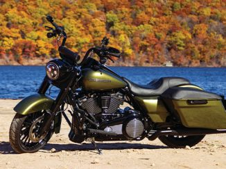 Tucker Kuryakyn Custom Harley (678)